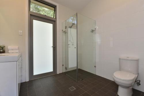 A bathroom at Valle Laguna