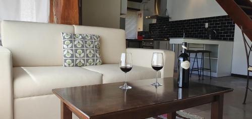 Un lugar para sentarse en Ski Sur Apartments