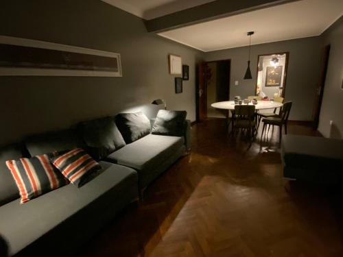Un lugar para sentarse en Luxury Apartment Centro