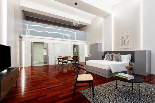 A room at Sonder — Spanish Steps Lofts