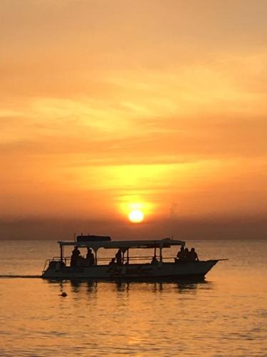 هتل Sunset Paradise Negril
