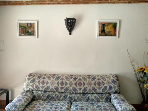A seating area at Masico Santana