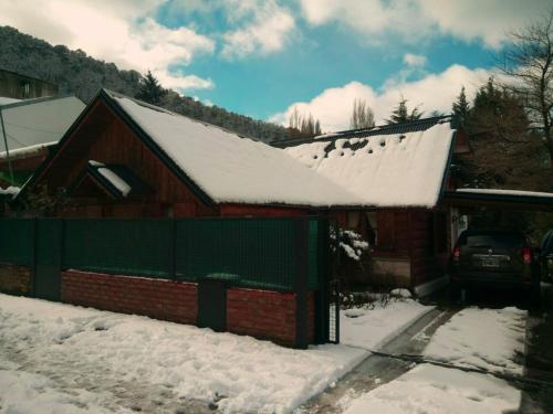 La Casa del Viejo Manzano durante el invierno