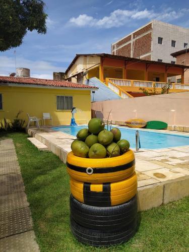 A piscina localizada em Villa Beach Hostel e Pousada ou nos arredores