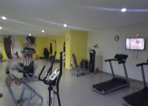 The fitness centre and/or fitness facilities at Quarto