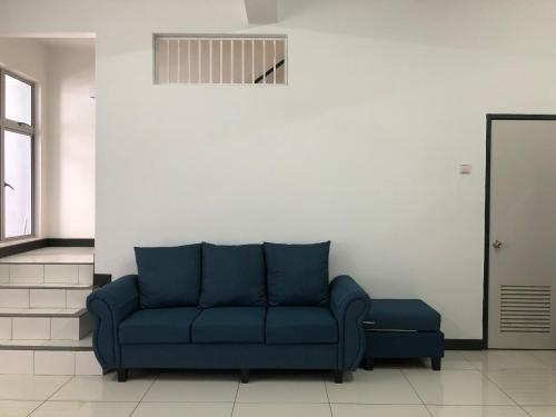 Ruang duduk di Lovely Homestay @ Seksyen 7
