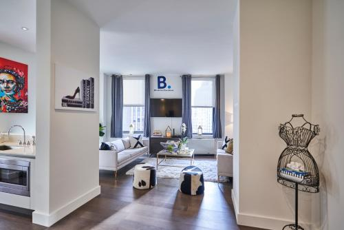 A seating area at Resolution Suite: Be More Stylish