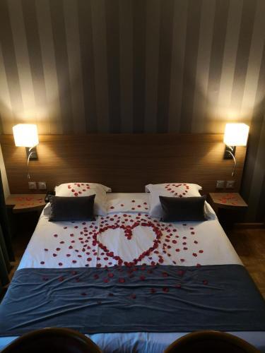 Hotel Restaurant Au Cerf D Or Strasbourg France Booking Com