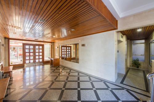 The lobby or reception area at Apartamentos Viña del Mar