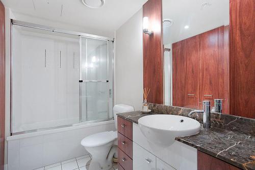 A bathroom at GCHR Chevron Renaissance