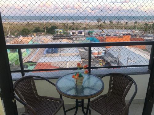 Un balcón o terraza de Apartamento na Orla