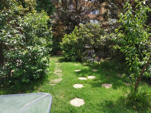 Jardín al aire libre en Parque Arauco Las Condes
