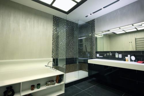 Ein Badezimmer in der Unterkunft Cozy room in the heart of Berlin (Neukölln)