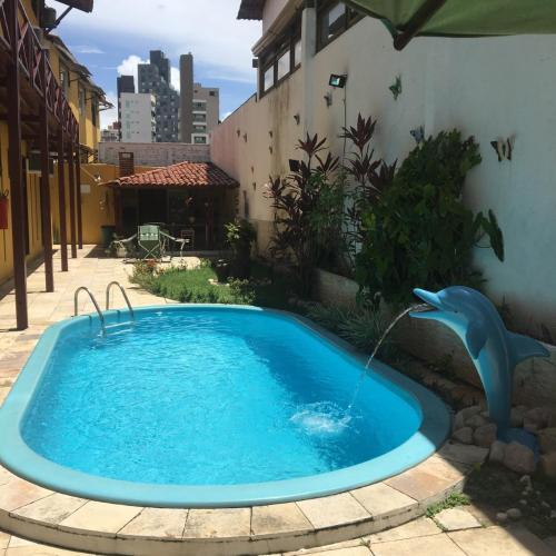 A piscina localizada em Pousada Coco Verde Natal ou nos arredores