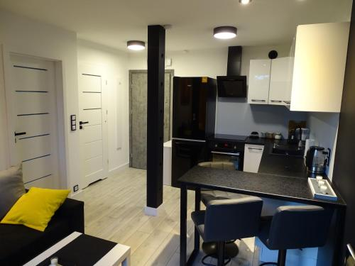 A kitchen or kitchenette at No71 The Luxury Apartment