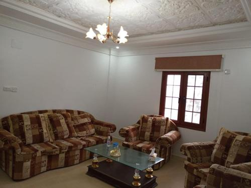 Apartment شقق إبن بطوطه المفروشة ببلجرشي, Baljurashi, Saudi Arabia - Booking.com