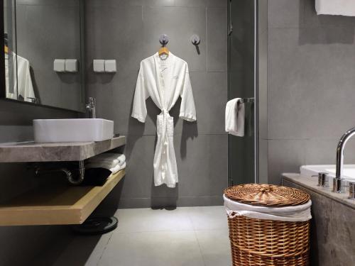A bathroom at Fraser Residence Shanghai