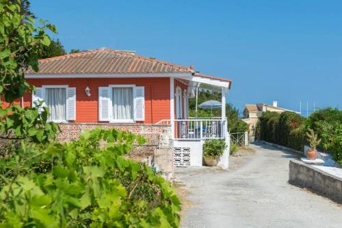 Captain's Beachfront House