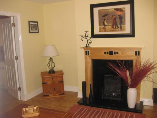 A television and/or entertainment center at Lough Rynn Townhouse Self Catering