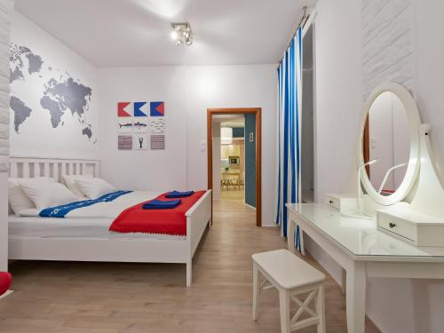 Lova arba lovos apgyvendinimo įstaigoje Apartament Aurora