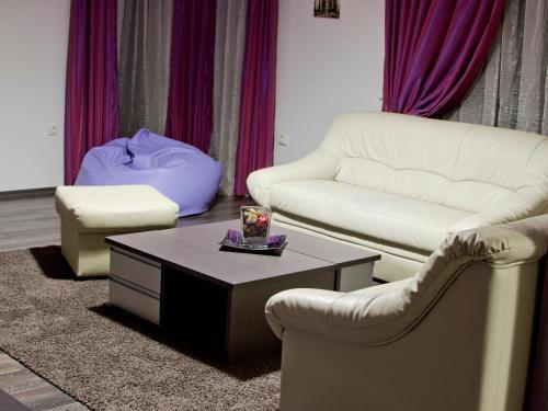 A seating area at APART Studios Blagoevgrad