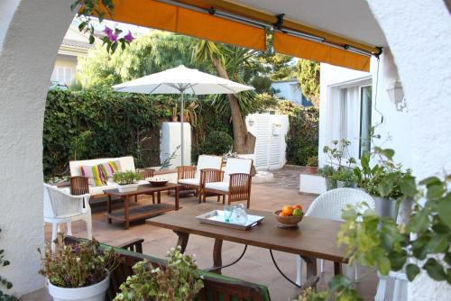 A porch or other outdoor area at Casa en Sitges