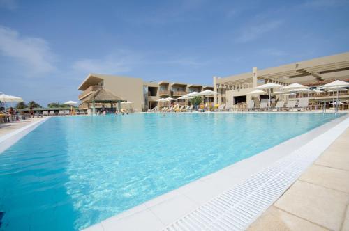 Resort Oasis Salinas Sea (Cabo Verde Santa María) - Booking.com
