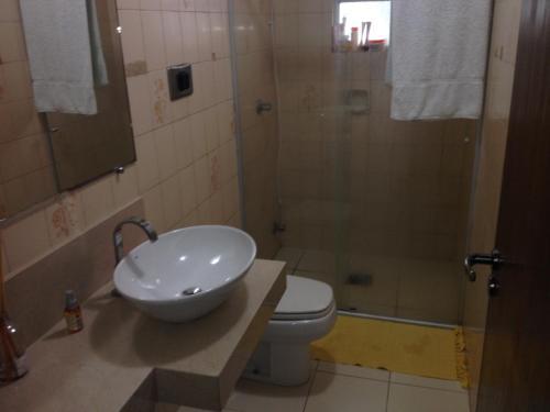 A bathroom at Apartamento Pantanal