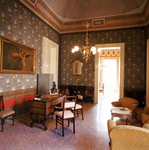 Area soggiorno di Palazzo Leuzzi B&B