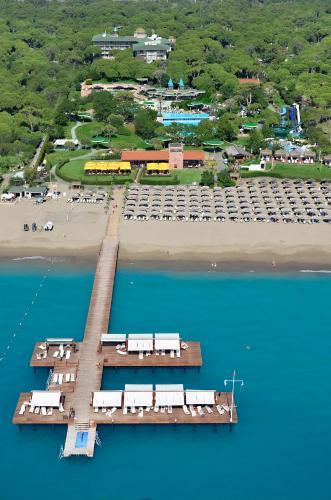 Blick auf Gloria Verde Resort - Kids Concept aus der Vogelperspektive