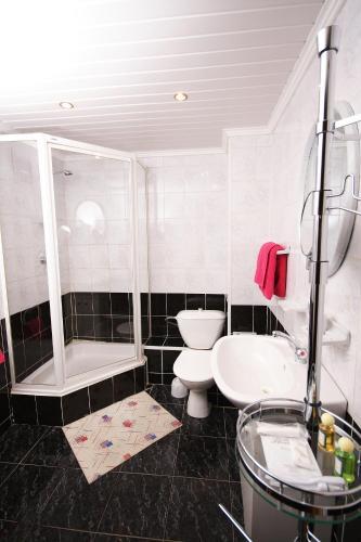 A bathroom at Leningrad Hotel