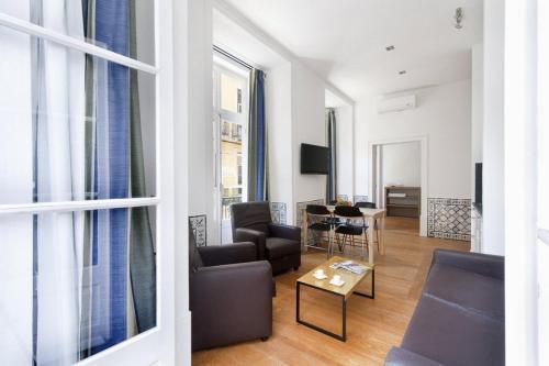 Część wypoczynkowa w obiekcie Living Lisboa Baixa Apartments