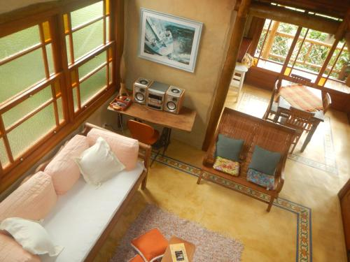 A seating area at Holiday home Ilhabela