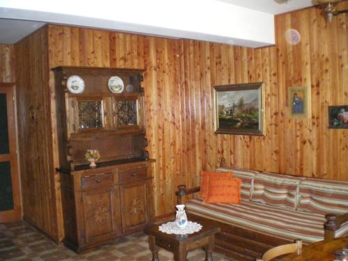 A seating area at Residence I Comignoli