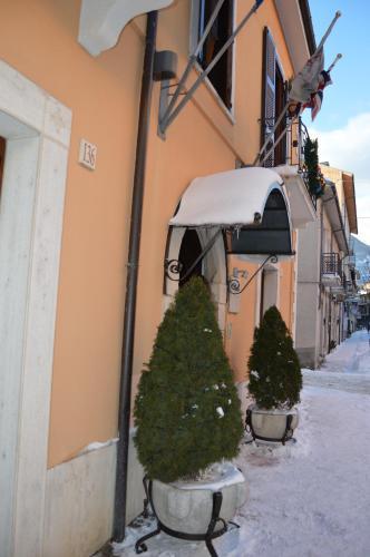 Hotel Il Tiglio during the winter