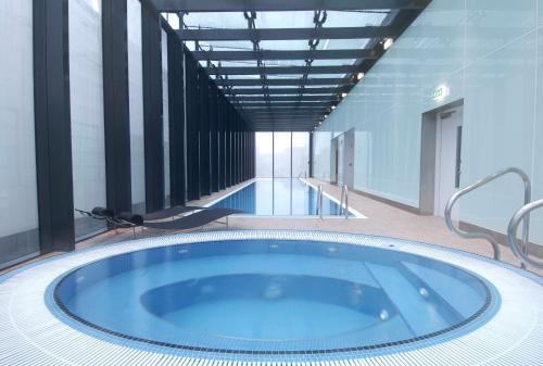 Jacuzzi Piccadilly.Hilton Manchester Deansgate Manchester Updated 2019 Prices