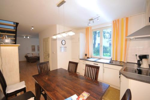 A kitchen or kitchenette at Apartment Aqua Tatry