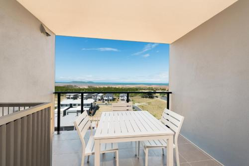 A balcony or terrace at Direct Hotels - Pacific Sands