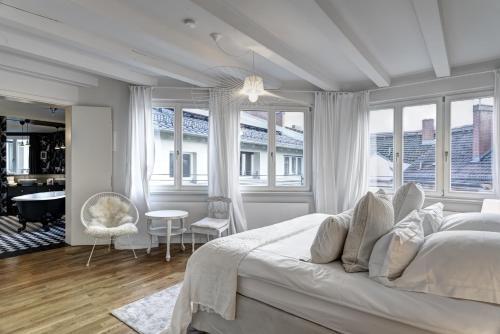 Гостиная зона в Gorki Apartments