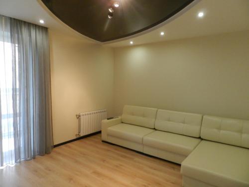 Гостиная зона в Apartment on prospekt Mira