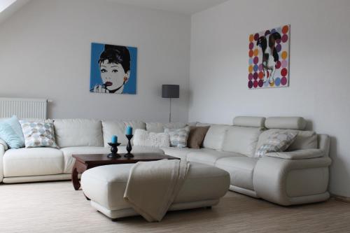 A seating area at Villa Campana Millstatt