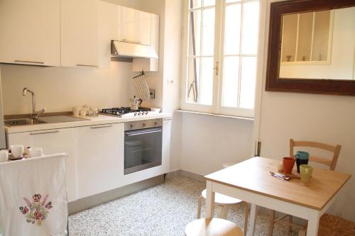 A kitchen or kitchenette at Vatican Gardens House