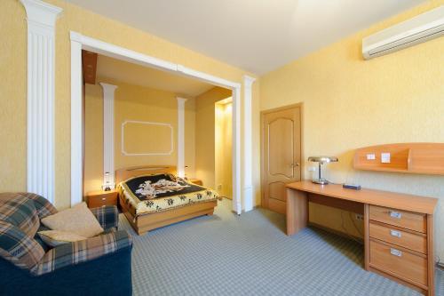 A bed or beds in a room at Nice Flats Mayakovskaya