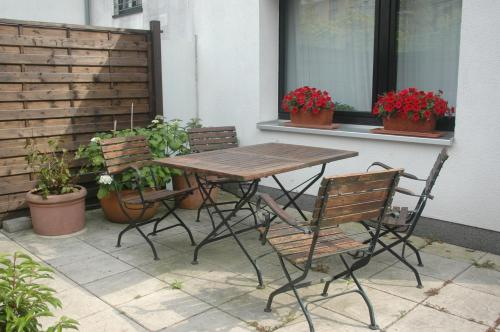 A porch or other outdoor area at Köln Appartement