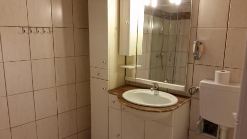 Ein Badezimmer in der Unterkunft Urlaubsnest