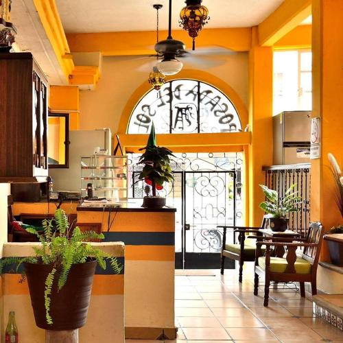 A restaurant or other place to eat at Hotel Posada del Sol