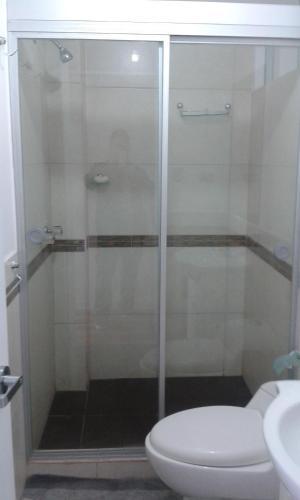 Un baño de Apartamento Edificio Angamos