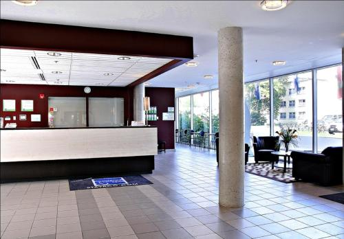 The lobby or reception area at Residence & Conference Centre - Ottawa Downtown