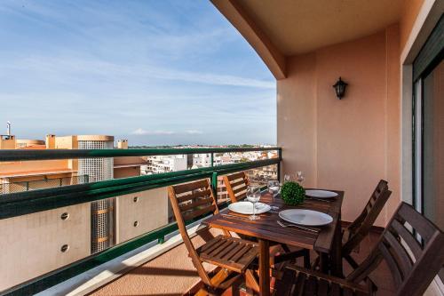A balcony or terrace at Rosa dos Ventos Apartment