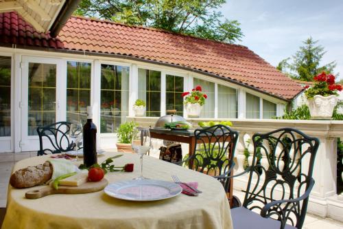 Nhà hàng/khu ăn uống khác tại Villa Wellness